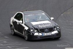 Новый Mercedes E63 AMG был замечен на Нюрбургринге