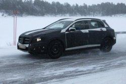 Фотошпионы зафиксировали Mercedes-Benz GLA