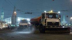 Московские власти каждый год расходуют на уборку снега до 13 млрд. рублей