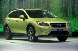 Subaru представит свой гибридный XV