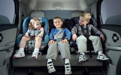 Как правильно подойти к выбору детского автокресла?