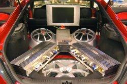 Интернет магазин — оптимальный вариант покупки автозвука в автомобиль