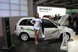 Первый российский электрокар скоро появится в автосалонах