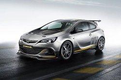 В Россию приехала спортивная Opel Astra OPC