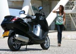 Peugeot объявила цены на скутеры 2014-го года