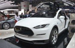 Tesla собирается выпускать кроссовер для женщин