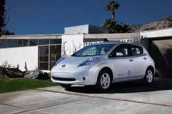 Infiniti готовит электроавтомобиль на базе Nissan Leaf