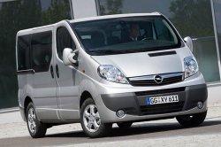 Opel Vivaro Combi покажут в конце месяца
