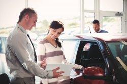 Купить автомобиль можно очень выгодно, если обратиться к официальному дилер ...