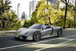 Porsche отзывает двести гибридов 918 Spyder