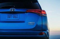 Toyota RAV4 получит гибридный привод
