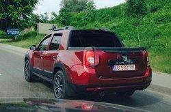 Dacia Duster с двойной кабиной попал в объектив фото-шпионов